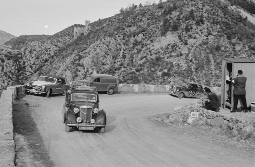 UMG662 Coming out of the Col Leclercs - Monte Carlo Rally 1954 - Phillips driving